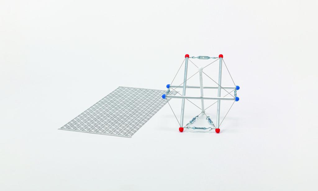 最適化手法で生成された構造物の模型